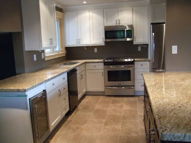 Wholesale kitchen cabinets canada for Kitchen cabinets canada